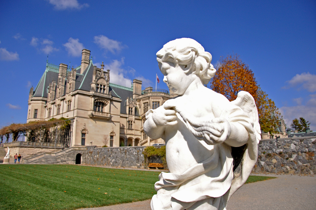 Going Vanderbilt: A Day at The Biltmore, America's Largest Home