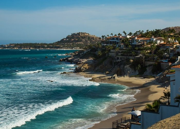 Things Every Traveler Needs to Know When Visiting Los Cabos, Mexico