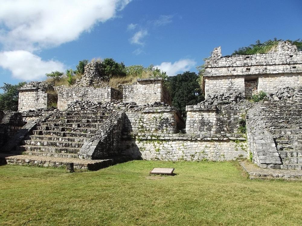 mayan ruins on the yucatan, ek balam