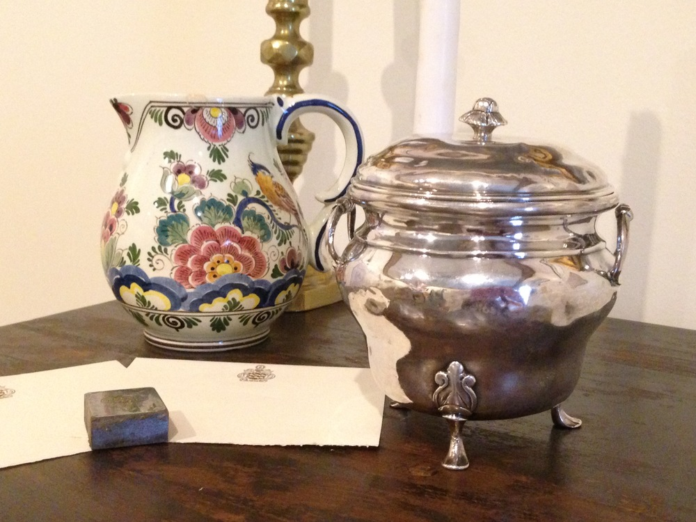 historic homes in knoxville tea cup and silver serving dish
