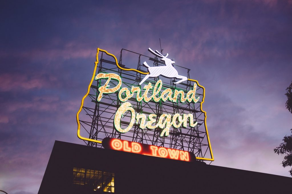 portland oregon, dog friendly cities