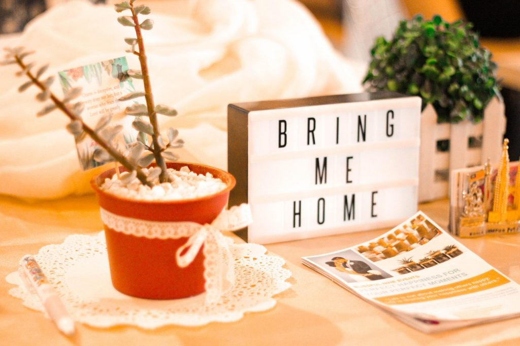 airbnb tips - creating a welcoming environment
